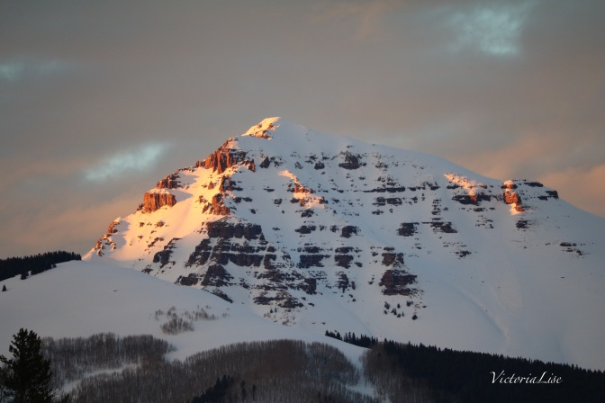 Alpenglow on Teocalli